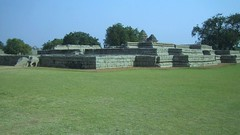 584. Hampi (2): Queen's Palace (profmpc) Tags: art history architecture war antique stonecarving hampi charriot vijayavittalatemple vijayangara krishnadevarayar