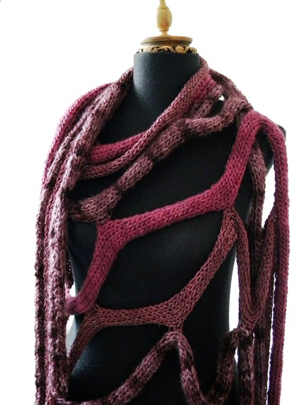 Las Lopez knit cable scarf at Etsy 2
