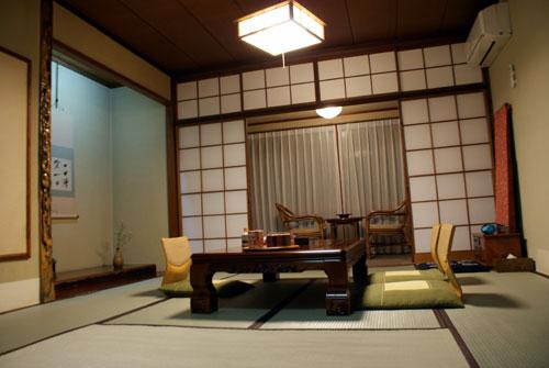 箱根一の湯本館