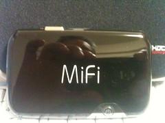中国で使えるどこでもWi-fi、MiFiが届いた。 (by shinyai)