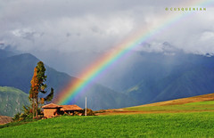 K'uychiwasi (CUSQUENIAN) Tags: iris mountains tree peru field arcoiris vw landscape arbol photo casa amazing rainbow foto cusco paisaje per andes vista campo ramiro arco febrero andino sacha wasi pampa tinkuy xtreme moray urubamba maras montaas hause andean 2010 peruano ande peruana andina extremo sorprendente portilla cusqueo qosqo moreyra espactacular flickrdiamond theunforgettablepictures kuychi cusquenian ramiromoreyraportilla fototinkuy orqokuna orqo