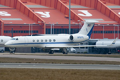 N767FL - 503 - Private - Gulfstream V - Luton - 100311 - Steven Gray - IMG_8161