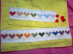 ♥ seminole arco-íris coração ♥ (Carla Cordeiro) Tags: toalha seminole patchwork jogo ♥ colorido barrado toalhadebanho linhaeagulha agulhaelinha jogodebanheiro seminolecoração barradoemtoalha