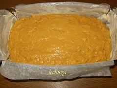 Cake de plátano-verter en molde
