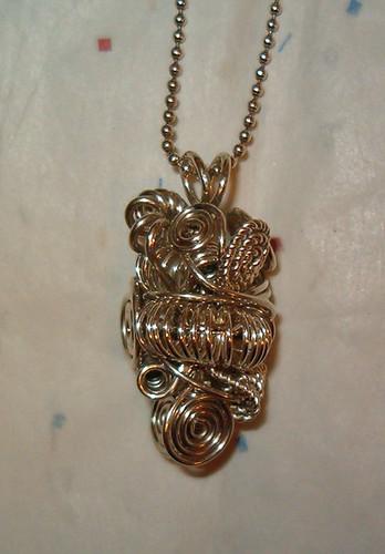 knot bead pendant