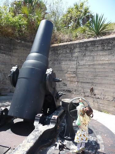 12 inch mortar gun.