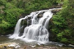 River Clyde Falls (Heinz_H) Tags: fall water river scotland clyde waterfall wasserfall escocia cascade cachoeira chute deau esccia schottland cascada ecosse longexposuretime slowwater flaas