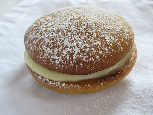 Banana Whoopie Pie With Lemon Cream Cheese Frosting