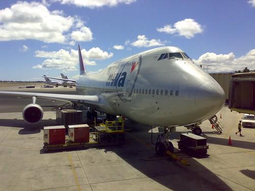 Northwest B747-400 aircraft