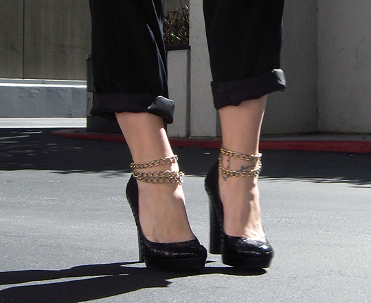 snakeskin heels with ankle chains -2 -3