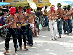 magdarame (Harris Deang) Tags: red blood coolpix pampanga holyweek magdarame nikonl100