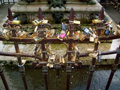 Locks of Love (tha_langsta) Tags: florence locks