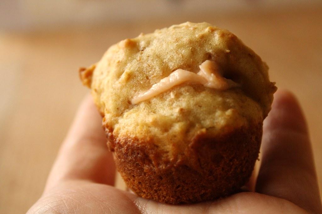 Mini Muffin with Strawberry Cream Filling