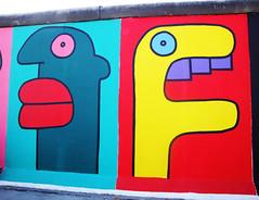 wall faces (Choco Bebs) Tags: berlin muro colors wall faces murales faccia dipinti