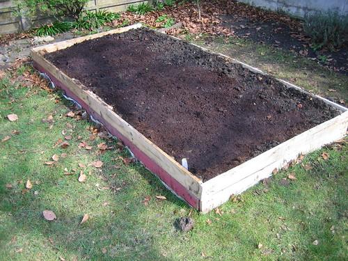 gardening042010 050