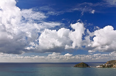 Nuvole su Sant' Angelo (Rocco V.A.) Tags: italy seascape beach weather clouds landscape island nuvole campania south napoli chilly angelo ischia sant paesaggi bigclouds santangelo maronti southitaly barano suditalia isoladischia canonef1740f4lusm nuvoloni serrarafontana flickraward canoneos450d baranodischia spiaggiadeimaronti canonianiit ilmeridione blumagic roccoarcamone roccoarcamonephoto
