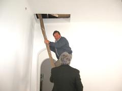 la scala su per la soffitta