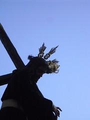 Jesús Nazareno (franwinehouse) Tags: santa españa sevilla andalucía amanecer cruz cielo aurora semana santo nazareno madrugada jesús 2010 procesión viernes madrugá morisco lapuebladecazalla pasodemisterio
