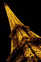 Torre Eiffel by Night 2 (Trevi2009-) Tags: paris france night noche eiffel torreeiffel francia