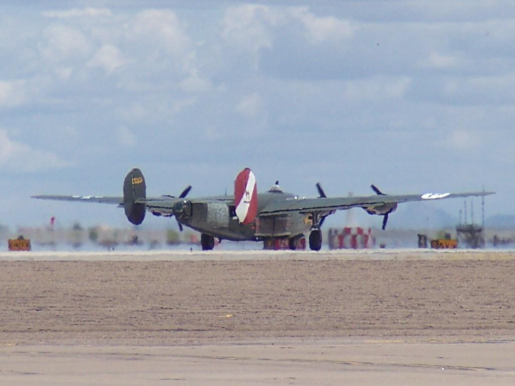Consolidated B-24J Liberator 44-44052