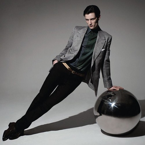 Owen Steuart0304_Modern Luxury April 2010_Ph  Colin Angus(Fashionisto)