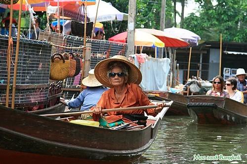 Dammnoen Saduak Floating Market-15