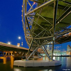The Helix Bridge-Singapore. (Reggie Wan) Tags: bridge ir evening singapore asia southeastasia casino helix bluehour mbs marinabay metalbridge integratedresort asiancity thehelix marinabaysands sonya700 sonyalpha700 reggiewan