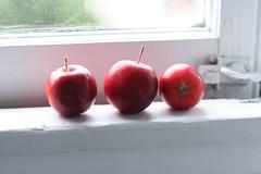 Lady Apples (Maggie Mason (Mighty Girl)) Tags: sanfrancisco california food fruit lifelist eating produce bucketlist mightylifelist