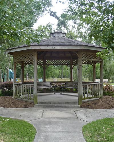 Bay Oaks Gazebo