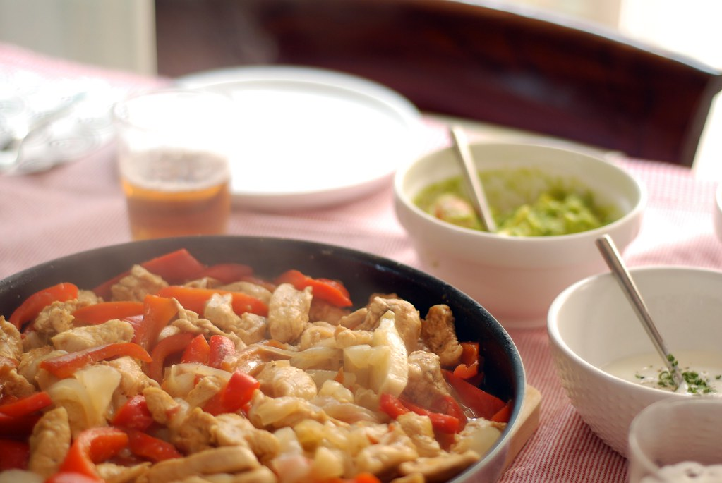 4611183736 275660d86b b FAJITAS DE POLLO · MINISTRY OF FOOD