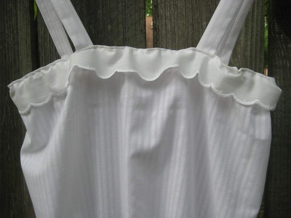 sewing saturday.. a white ruffle blouse for the summer
