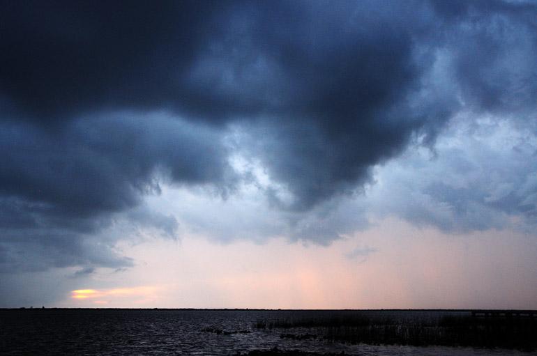 web_sunsetstorm_reddish_0068_2702
