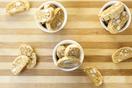 Honey & Almond Biscotti (6b)