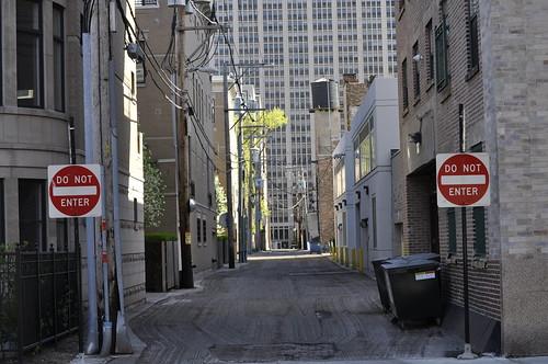 south loop alley