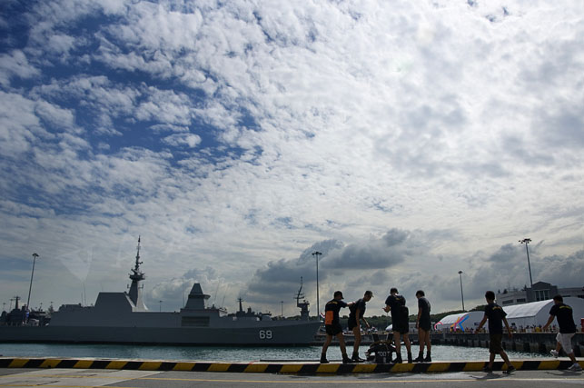 navy opening 2010 -24
