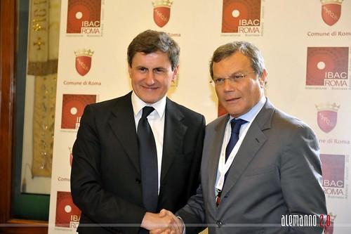 Gianni Alemanno e sir Martin Sorrell incontrano la stampa
