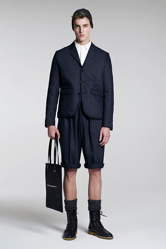 James Smith3056_FW10_London_B Store(GQ.com)