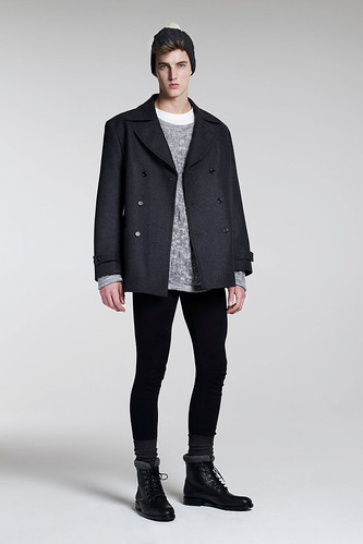 James Smith3059_FW10_London_B Store(GQ.com)