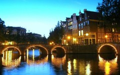 Amsterdam Golden Canals (Sir Francis Canker Photography ) Tags: trip travel bridge light sunset red panorama holland reflection tourism water netherlands coffee beautiful dutch amsterdam sex shop skyline architecture landscape puente lights luces canal photo nice arquitectura europe tramonto view shot dusk district gorgeous smoke picture nederland coffeeshop landmark visit icon tourist best canals unesco ponte explore reflejo vista pont holanda luci nl brug visiting duinen architettura joint olanda hollands anochecer canale zuid lucena hollande reguliersgracht randstad canali neerlandais hollandse holandes olandese sirfranciscankerjones pacocabezalopez