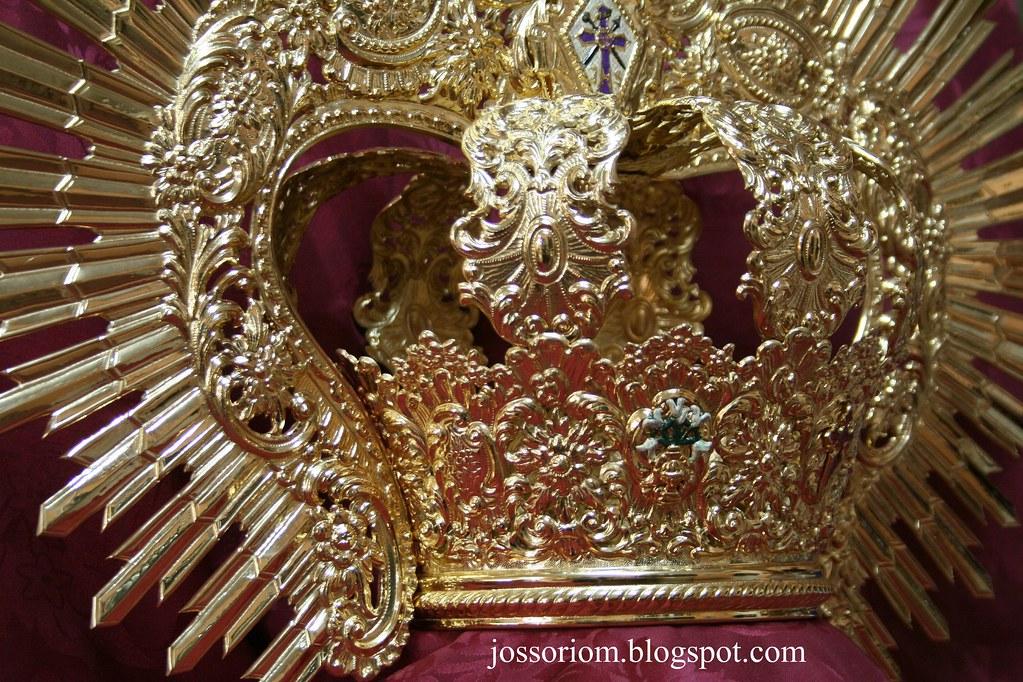 Corona Nuestra Señora del Calvario 2010