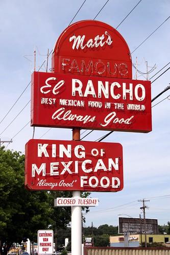 matt's el rancho neon sign