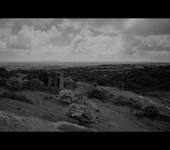Cornish Tin Mine (Gonda_1) Tags: trees bw building clouds walking landscape mine cornwall horizon ruin crowsnest derelict bodminmoor bodmin liskeard caradon tinemine stcleer swengland