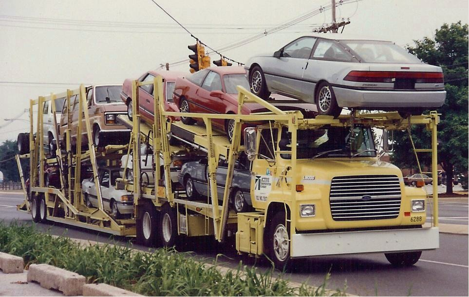 Ford L9000 car hauler,