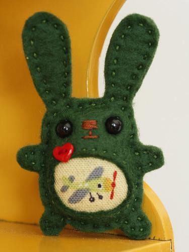 Bunny loves travel brooch