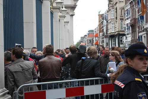 Media circus waits for Wilders