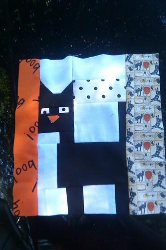 Wonky eyed cat for Rachel's Halloween quilt
