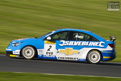 BTCC 2010 - Jason Plato - 2 - Chevrolet Cruze - Silverline Chevrolet RML - 101010 - Brands Hatch - Steven Gray - IMG_2102