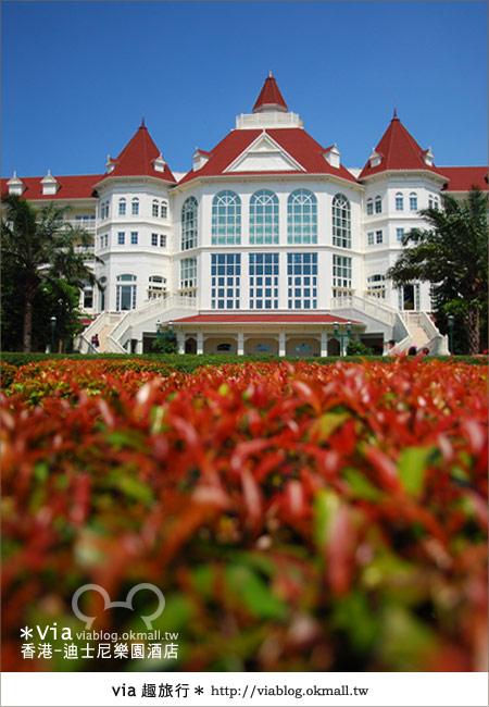 【香港住宿】跟著via玩香港(4)~迪士尼樂園酒店(外觀、房間篇)