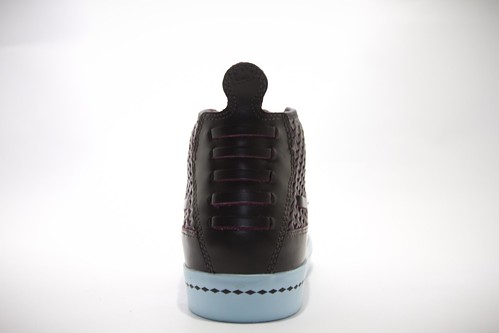 Nike Aina Chukka