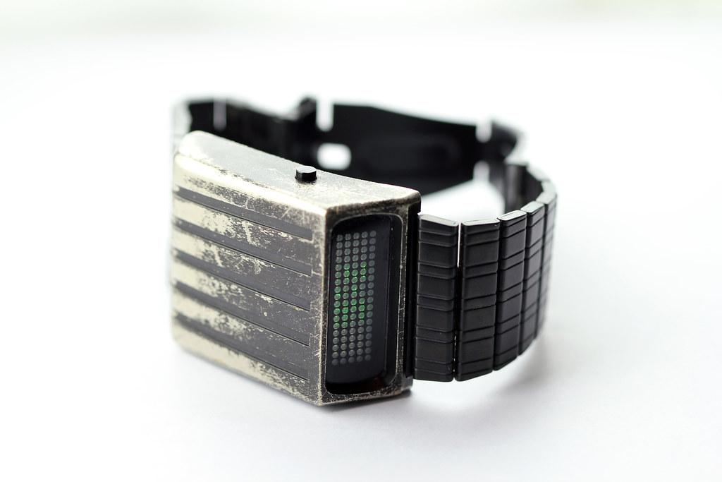 Tokyo Flash Retro Wrist Watch